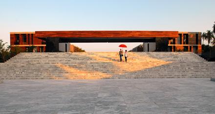 aca_-entrance_stairway
